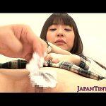 つぼみと北川瞳のマン毛を剃毛してパイパンおまんこにしちゃいました XVIDEOS