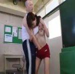 体操服の天使もえが体育教師にもてあそばれる erovideo