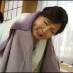 【成田京子】70歳にしてAVデビューした熟女は若くて痩せっぽちな男優とのカラミを充分に楽しんでる様子…久しぶりのセックスのお味はいかがでしたか?