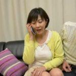 【円城ひとみ】旦那と電話で会話しながらも若い男との浮気セックスはやめられない淫乱な熟女妻なんです